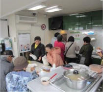 沖縄電力様 オール電化体験車両 出張「ミニ料理講習会」の開催